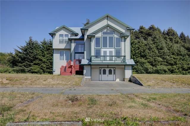 50 N First Street, Pacific Beach, WA 98571 (#1635910) :: Pickett Street Properties