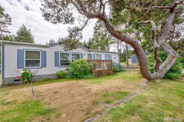 1416 170th Place, Long Beach, WA 98631 (#1636133) :: McAuley Homes