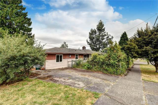 5903 51st Ave S, Seattle, WA 98118 (#1636483) :: Ben Kinney Real Estate Team