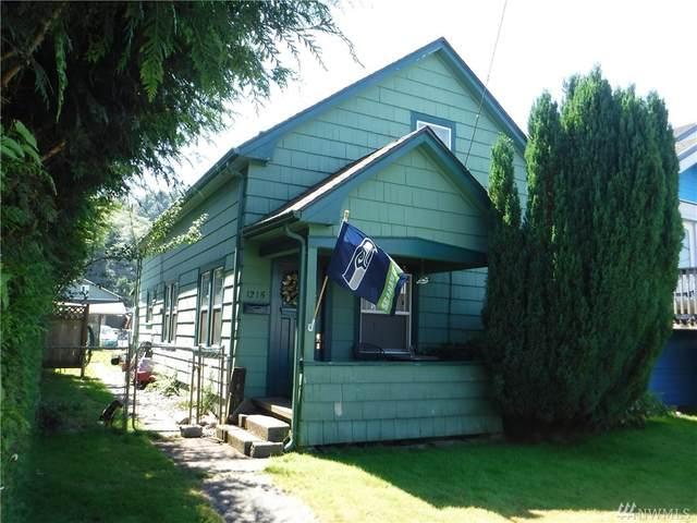 1215 E 2nd St, Aberdeen, WA 98520 (#1637170) :: Ben Kinney Real Estate Team
