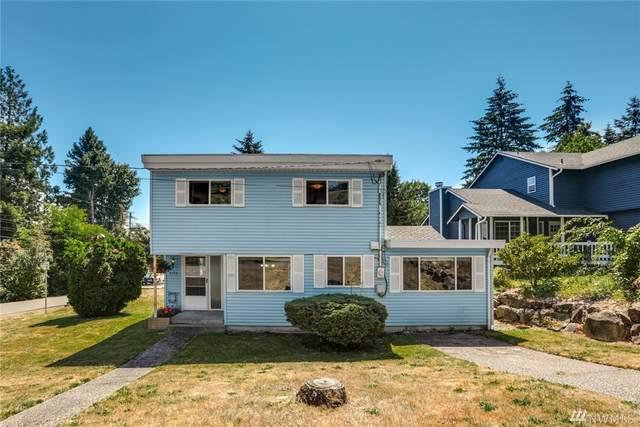 2155 N 115th Street, Seattle, WA 98133 (#1637254) :: Pickett Street Properties