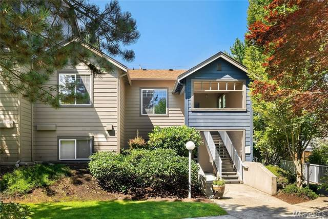 10825 SE 200th St E204, Kent, WA 98031 (#1637706) :: The Original Penny Team