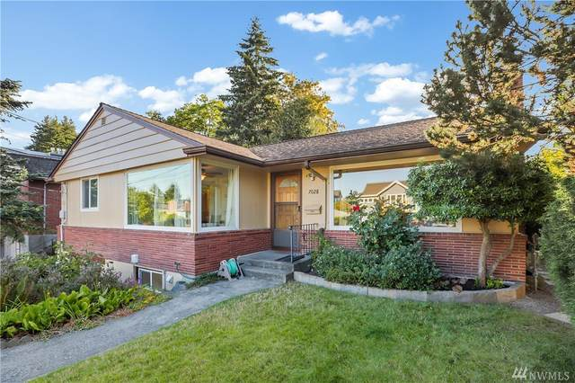7028 43rd Ave NE, Seattle, WA 98115 (#1638084) :: The Kendra Todd Group at Keller Williams
