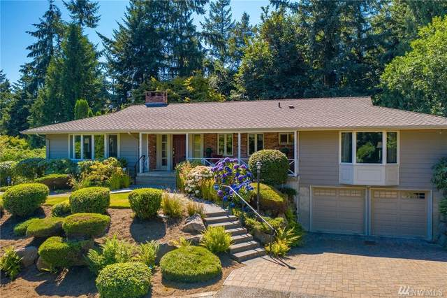19205 46th Ave NE, Lake Forest Park, WA 98155 (#1638729) :: Ben Kinney Real Estate Team