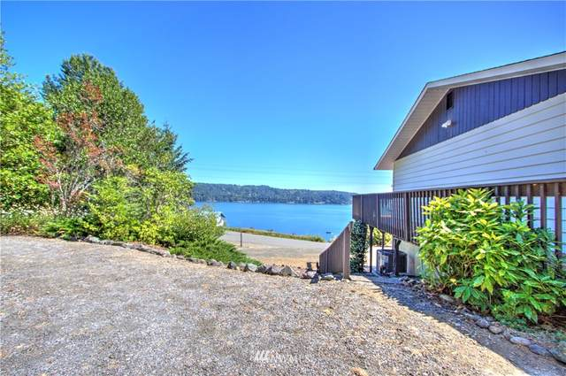 141 N North Hill, Hoodsport, WA 98548 (#1638851) :: NextHome South Sound