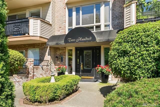 200 99th Ave NE #33, Bellevue, WA 98004 (#1639456) :: Lucas Pinto Real Estate Group