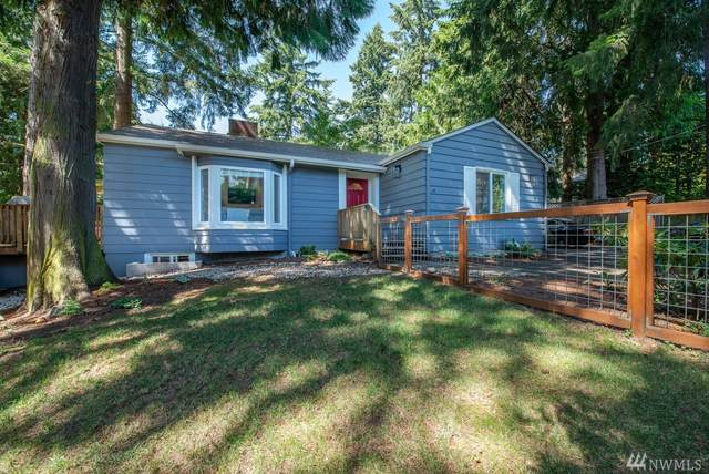 10747 Sand Point Wy NE, Seattle, WA 98125 (#1639657) :: Pickett Street Properties