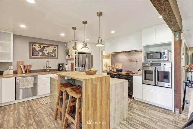11005 Glen Acres Drive S D, Seattle, WA 98168 (#1639666) :: Ben Kinney Real Estate Team
