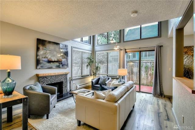 8419 25th Avenue SW B, Seattle, WA 98106 (#1639776) :: Keller Williams Western Realty