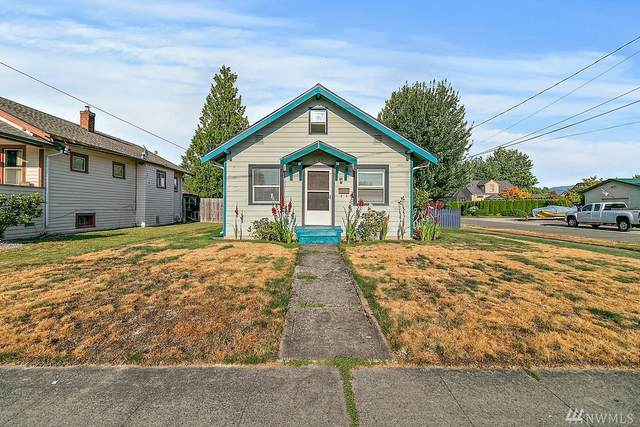 1105 Pioneer St, Enumclaw, WA 98022 (#1639880) :: The Kendra Todd Group at Keller Williams