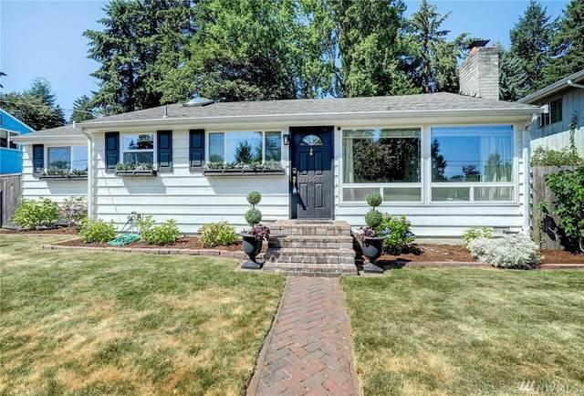 11551 25th Ave NE, Seattle, WA 98125 (#1639937) :: Better Properties Lacey