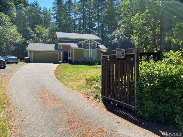 1112 Manito Drive, Fox Island, WA 98333 (#1640118) :: Pickett Street Properties
