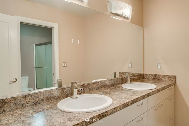 15328 Lakeview Street, Entiat, WA 98822 (MLS #1640404) :: Nick McLean Real Estate Group