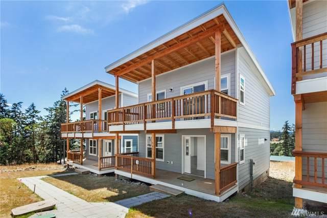 589 Finnegan Wy, Friday Harbor, WA 98250 (#1640451) :: Keller Williams Western Realty
