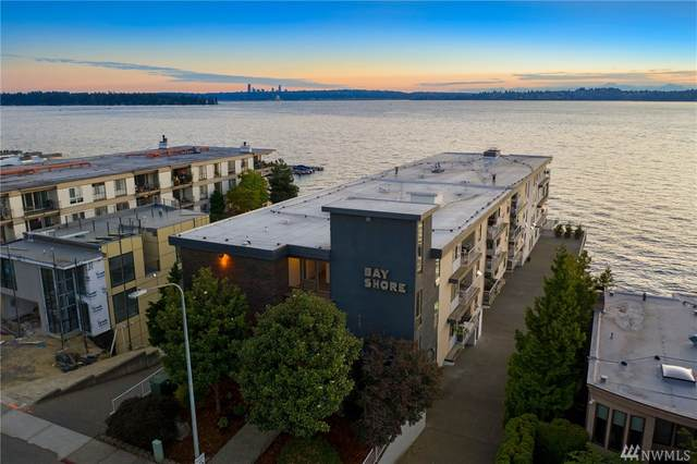6421 Lake Washington Blvd NE #203, Kirkland, WA 98033 (#1640553) :: The Original Penny Team