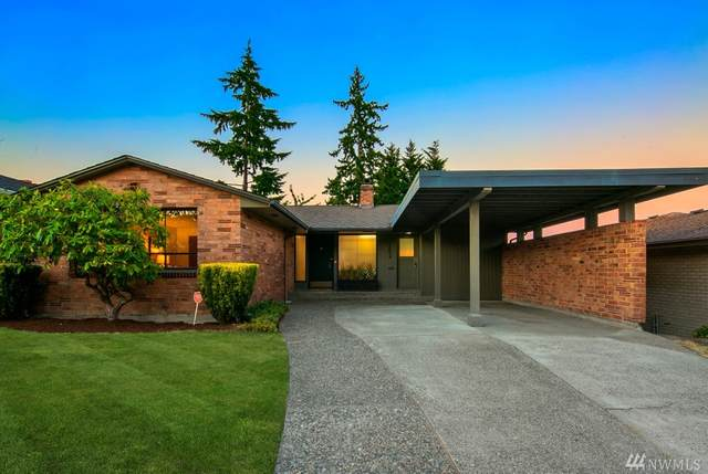2854 39th Ave W, Seattle, WA 98199 (#1640708) :: Alchemy Real Estate