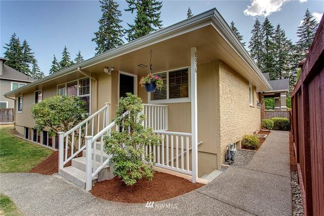 2056 153rd Avenue SE, Bellevue, WA 98007 (#1641252) :: The Shiflett Group