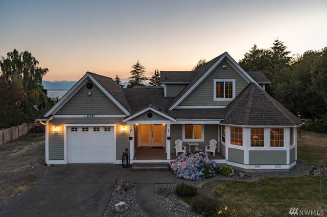 1198 Leahy Drive, Coupeville, WA 98239 (#1641299) :: Hauer Home Team