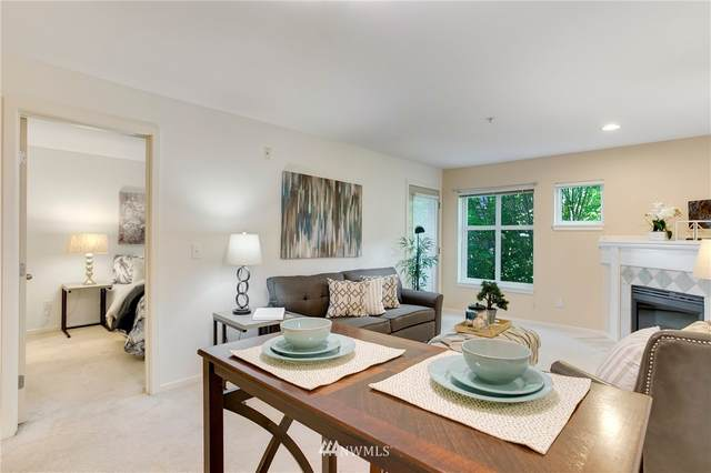 12345 Roosevelt Way NE #310, Seattle, WA 98125 (#1641333) :: Pickett Street Properties