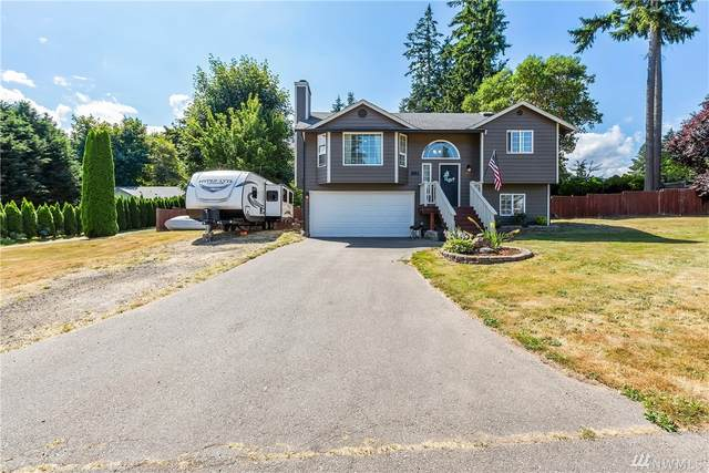 261 Fern Meadows Lp SE, Port Orchard, WA 98366 (#1641717) :: The Original Penny Team