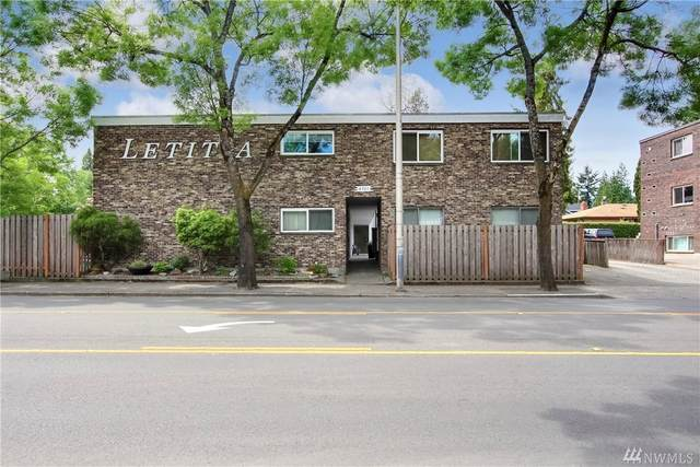 8701 35th Ave NE #10, Seattle, WA 98115 (#1641844) :: Alchemy Real Estate