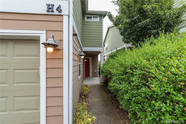 1890 SW Scenic Heights St, Oak Harbor, WA 98277 (#1642296) :: Priority One Realty Inc.