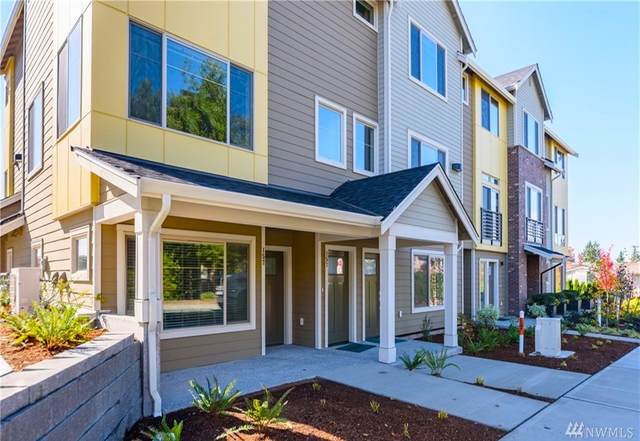 15772 NE 14th Terrace 24-4, Bellevue, WA 98008 (#1642335) :: McAuley Homes