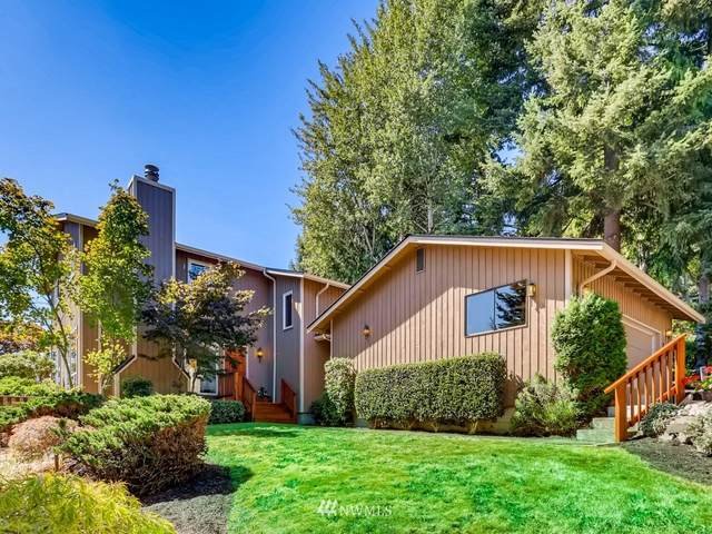13121 Se 21st Pl, Bellevue, WA 98005 (#1642531) :: Urban Seattle Broker