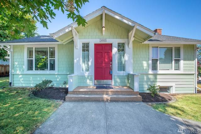 4502 SW Charlestown Street, Seattle, WA 98116 (#1642562) :: The Original Penny Team