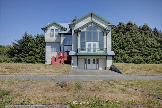 50 N First Street, Pacific Beach, WA 98571 (#1642958) :: Hauer Home Team