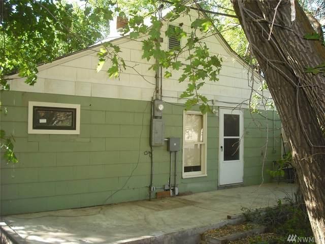 115 N Main Street, Washtucna, WA 99371 (#1643065) :: Ben Kinney Real Estate Team