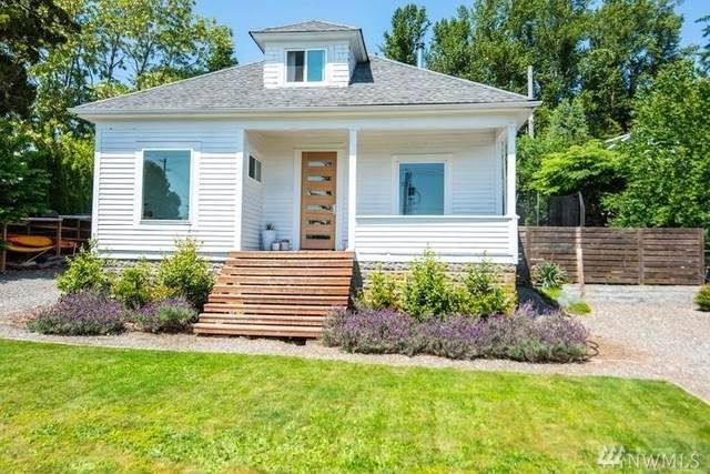 3909 Silver Beach Avenue, Bellingham, WA 98226 (#1643535) :: Real Estate Solutions Group