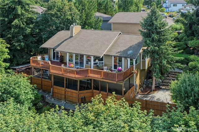 709 22nd St SW, Puyallup, WA 98371 (#1643724) :: The Original Penny Team