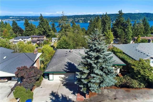 15846 36th Avenue NE, Lake Forest Park, WA 98155 (#1644094) :: KW North Seattle