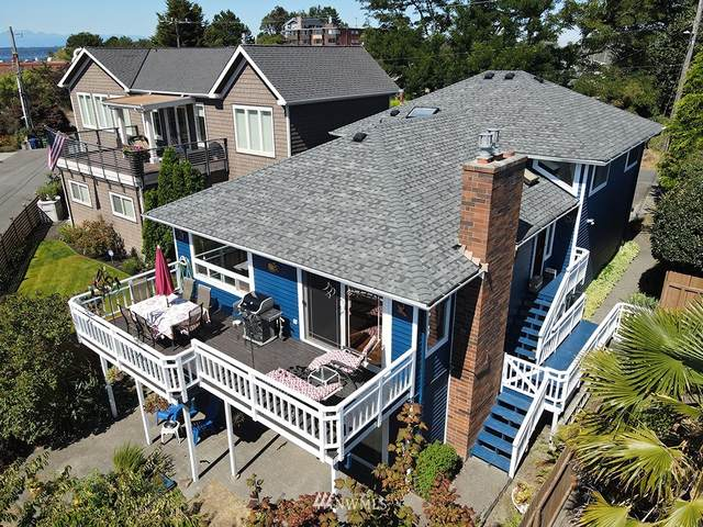 SW Hinds Street, Seattle, WA 98116 (#1644217) :: Alchemy Real Estate