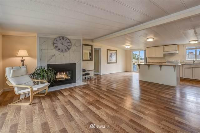 7608 223rd Street SW, Edmonds, WA 98026 (#1644640) :: Ben Kinney Real Estate Team
