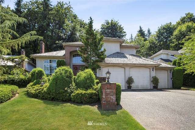 18079 NW Varese Court, Issaquah, WA 98027 (#1644719) :: Ben Kinney Real Estate Team