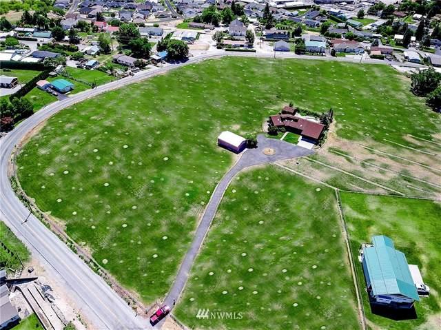 1017 Green Avenue, Manson, WA 98831 (#1644790) :: Ben Kinney Real Estate Team