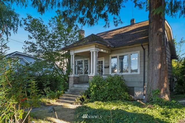 2415 E Boston Street, Seattle, WA 98112 (#1645147) :: The Original Penny Team