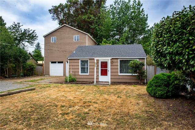 16033 14th Avenue SW, Burien, WA 98166 (#1645330) :: Better Homes and Gardens Real Estate McKenzie Group