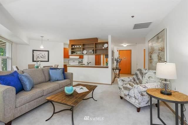 1684 152nd Avenue NE W304, Bellevue, WA 98007 (#1645341) :: The Robinett Group
