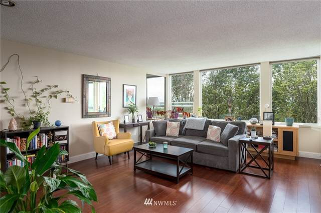 S Atlantic Street #207, Seattle, WA 98134 (#1645502) :: Ben Kinney Real Estate Team