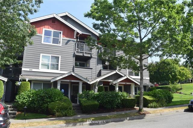 1696 25th Place NE #203, Issaquah, WA 98029 (#1645532) :: Keller Williams Western Realty