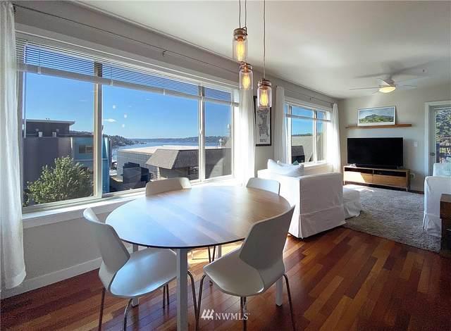 NE 181st Street #302, Kenmore, WA 98028 (#1645626) :: Beach & Blvd Real Estate Group