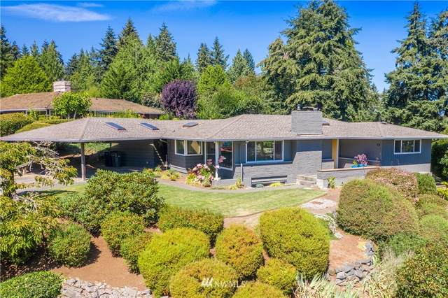 1206 SW 170th Street, Normandy Park, WA 98166 (#1645716) :: Hauer Home Team