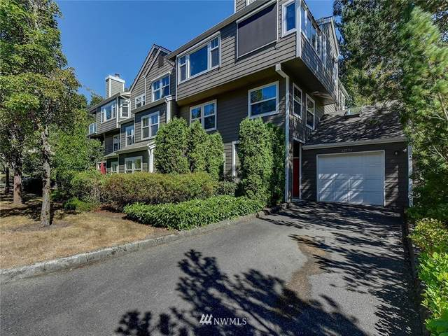 22772 SE 43rd Lane, Issaquah, WA 98029 (#1646169) :: Urban Seattle Broker