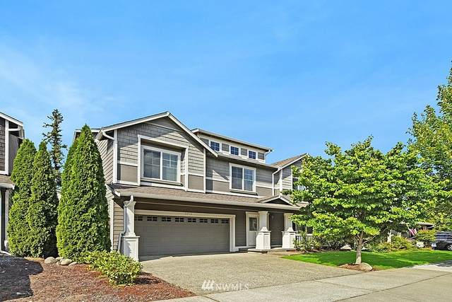 22910 SE 271st Place, Maple Valley, WA 98038 (#1646739) :: The Robinett Group