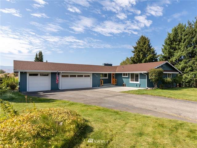 214 39th Street NW, East Wenatchee, WA 98802 (#1647146) :: The Original Penny Team