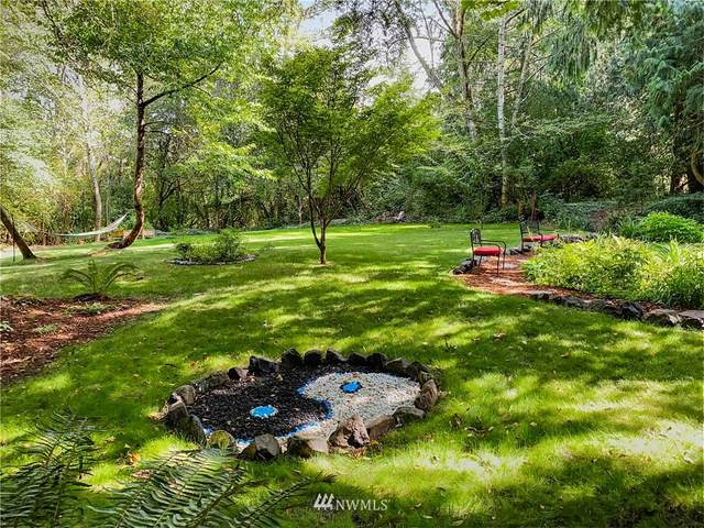 6348 Mitchell Lane NE, Bainbridge Island, WA 98110 (#1647537) :: Ben Kinney Real Estate Team
