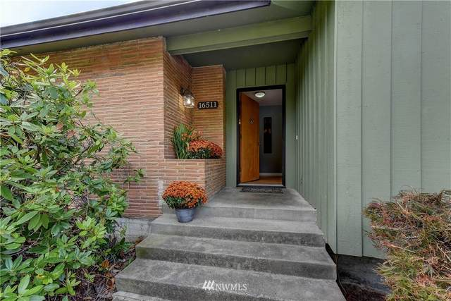 16511 5th Avenue S, Burien, WA 98148 (#1647607) :: NextHome South Sound